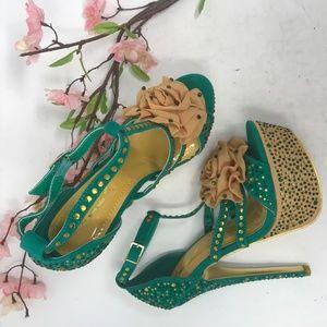 Green and gold Alba platform heels, size 6.5